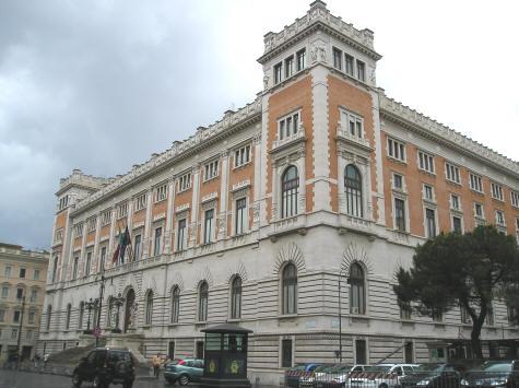 Italian chamber of deputies rome italy for Roma parlamento