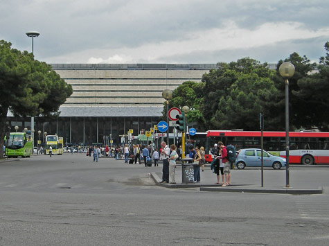 how to go from rome airport to termini station